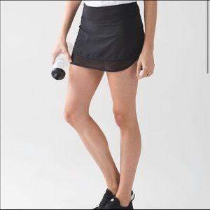 Lululemon black athletic skirt/skort Size 6